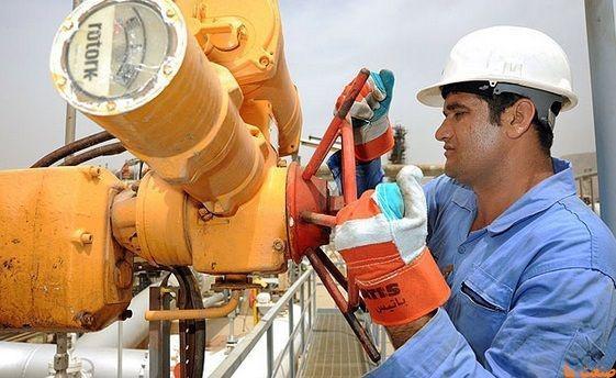طرح سه مرحلهای بهبود معیشت کارکنان پیمانکاری صنعت نفت کلید خورد