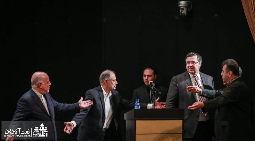 امضای قرارداد با توتال   نفت آنلاین   عکس از خبرگزاری مهر