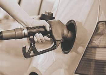تخصیص یارانه بنزین به خانوادههای فاقد خودرو شخصی قطعی شد
