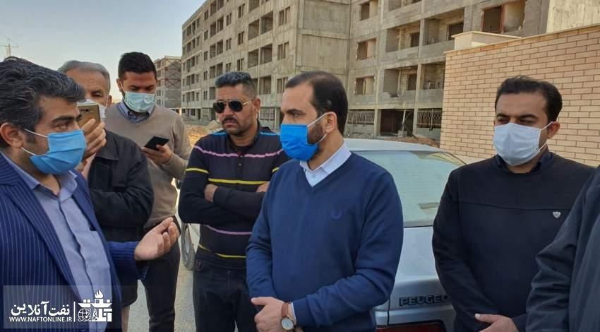 مهندس مجتبی یوسفی در حاشیه بازدید از پروژه مسکن مهر نفت اهواز | نفت آنلاین