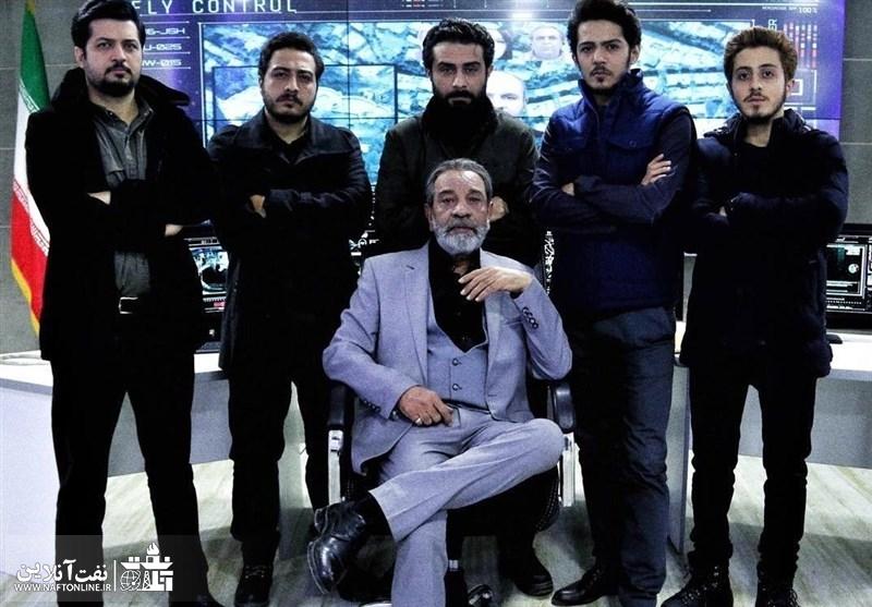 جمعی از بازیگران سریال گاندو