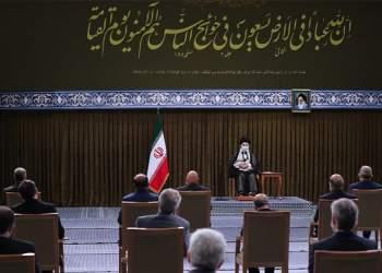 تصویری از اولین دیدار رهبر انقلاب با کابینه سیزدهم | نفت آنلاین