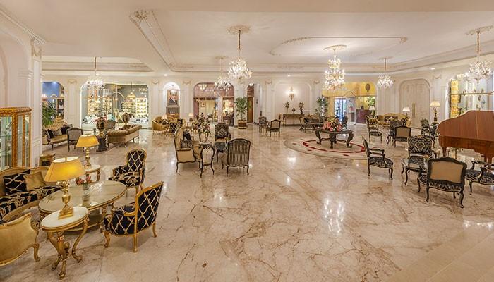 رستورانها و کافیشاپهای هتل قصر طلایی مشهد