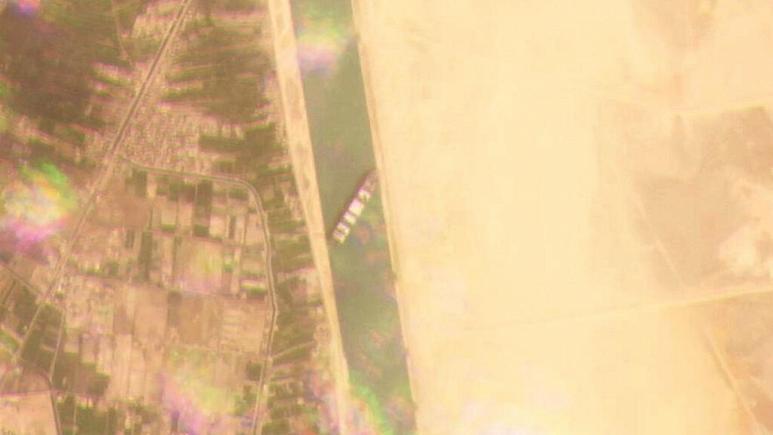 سوئز کشتی ماهواره